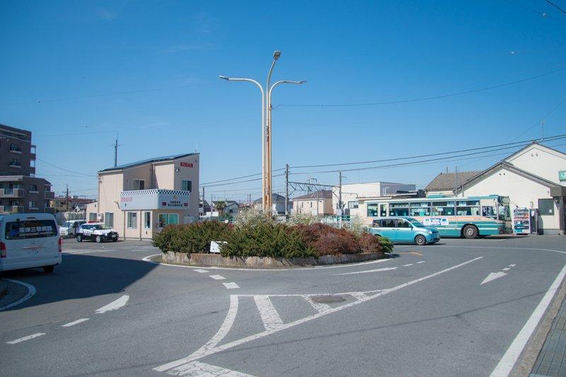 現在の南側の駅前の様子