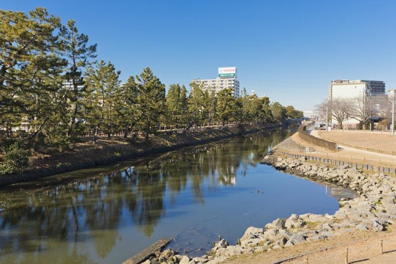 綾瀬川沿いの景色