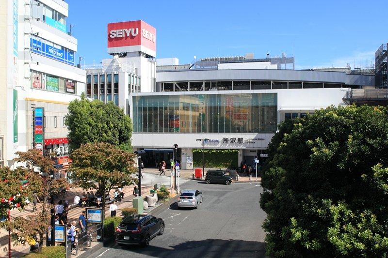 お祭りやイベントが盛り上がる「所沢」駅西口周辺